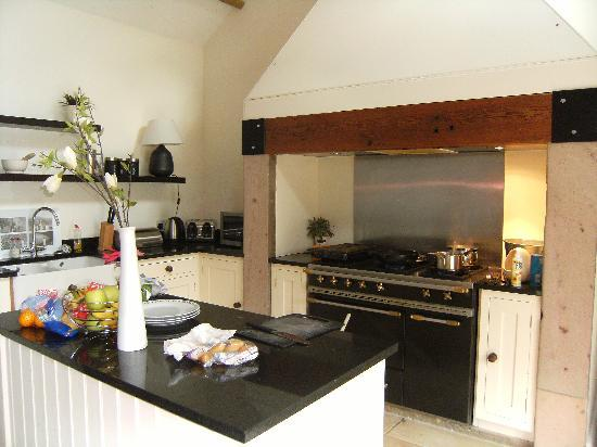Rock Mill Holiday Homes: Kitchen