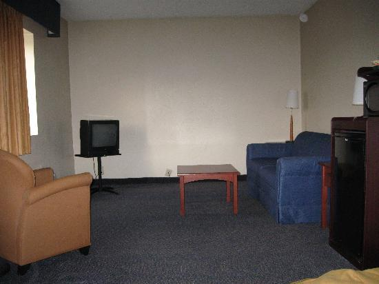 """Quality Inn & Suites Rainwater Park : this is the """"suite"""""""