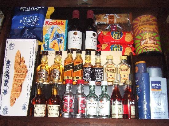 Arabian Court at One&Only Royal Mirage Dubai : アルコール&おつまみ