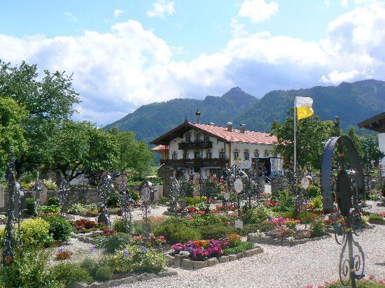 The near village of Schleching - 1 km from Steinweiden Hof