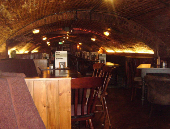 Lendal Cellars: In lower cellars area