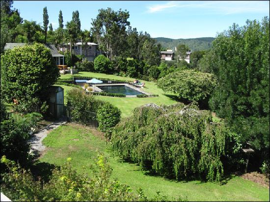 The Garden and Pool at Brenton Lodge