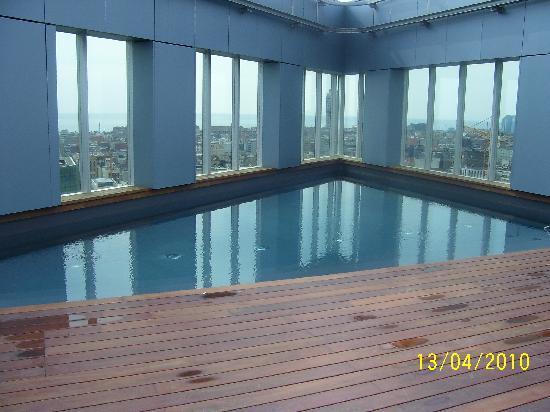 Novotel Barcelona City : piscina all'aperto
