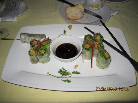 Hoa Sua Training Restaurant: Spring rolls