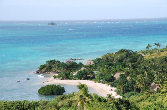 Yaqeta Island, Fiji: view from hil