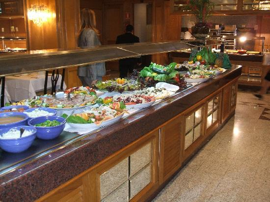 Hotel Riu Bravo: Buffet