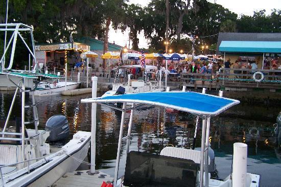 Ellenton, FL: MARINA ~ RESTAURANT