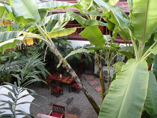 Lotus Villa Boutique Hotel: inner garden