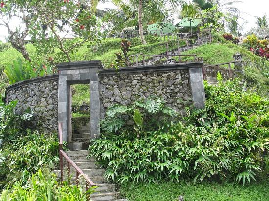 Villa Semana : En montant de la rivière vers le restaurant
