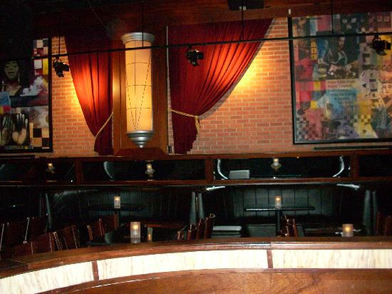 B.B. King Blues Club : Banquettes in the upper back corner of the club