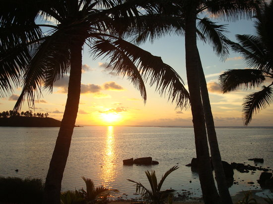 Te Manava Luxury Villas & Spa: amazing sunset, taken from our patio.