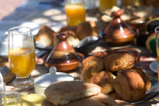 Riad Dar Dialkoum: le petit déjeuner