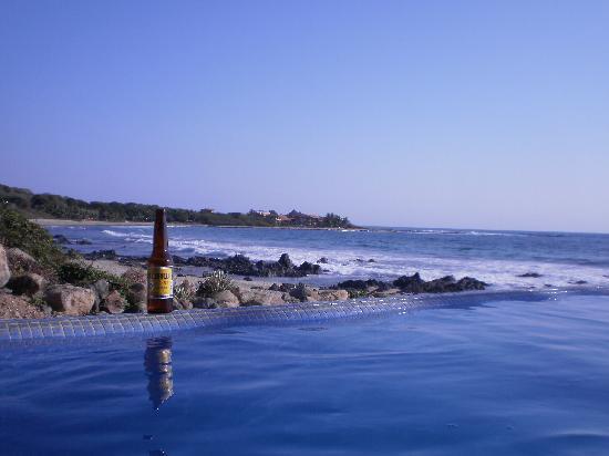 Casa Manzanillo: beach view