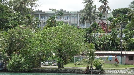 Yap Pacific Dive Resort: View of the property from Chamorro lagoon