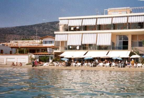 Artemis Hotel : Hotel view from the sea