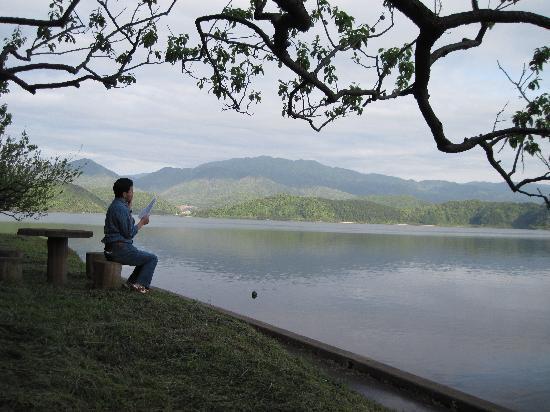 Wakasa-cho, اليابان: 湖畔