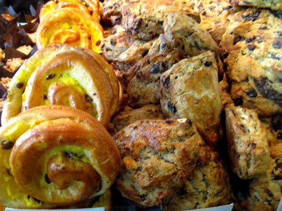 United Bakeries : pastry heaven - light, delicious and unforgetable