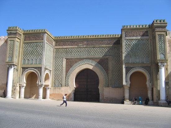 Meknes, โมร็อกโก: BAB MANSOUR