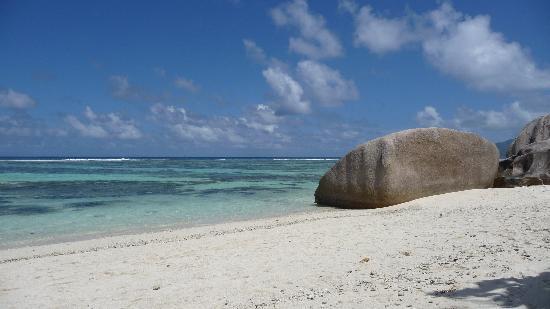 La Digue Island Lodge: spiaggia