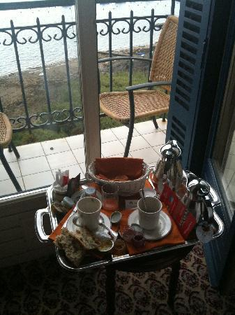 Hotel Barriere Le Grand Hotel: Petit déjeuner