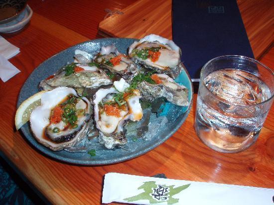 Sushi Izakaya Gaku : その日のお勧めだった、カキ