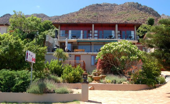 Gordon's Bay, Sudáfrica: Exterior of 18 on Kloof B&B