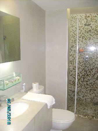Serena Hotel Boutique Buzios: Un baño de playa que se seca muy rápido y que deja siempre un aspecto de limpio!!!!