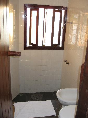 Martin Pescador: Our bathroom