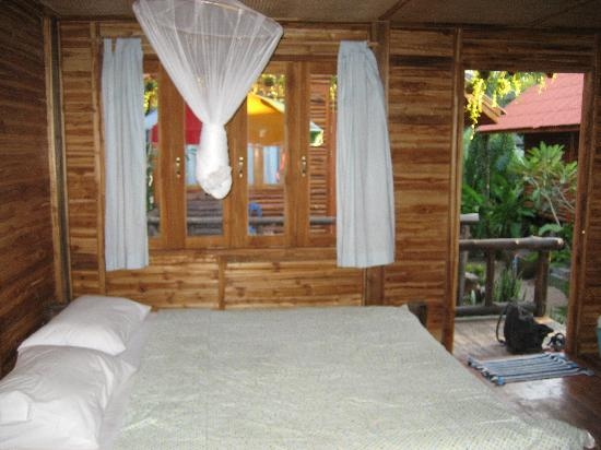 Banana Garden Home: Our cabin interior