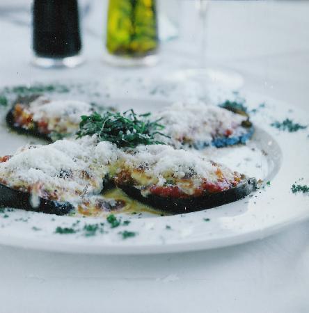 Nonna Lina ristorante pizzeria: Celina's aubergines