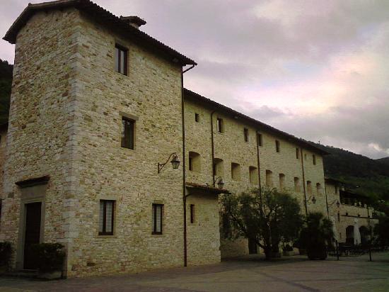 بارك هوتل آي كاوبتشيني: esterni del monastero
