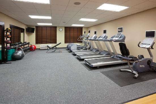 Homewood Suites Minneapolis - New Brighton: Large fitness room, pool, whirlpool, courtyard patio with BBQ grills and more to make you feel r