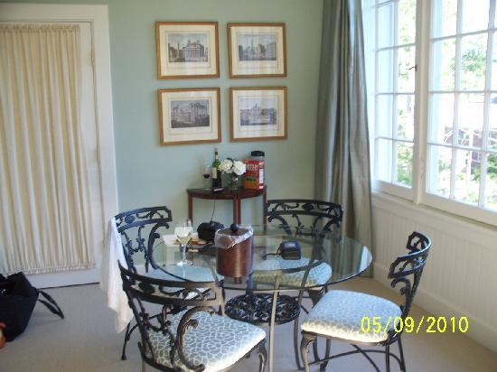 The King's Daughters Inn: Trinity Suite Dining Table