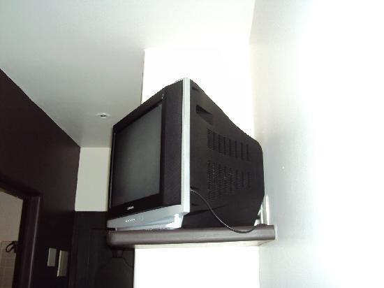 Brava Hotel: televisão