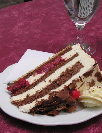 Baden-Baden, Jerman: Black Forest Cake in Baden Baden