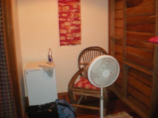 Manatee Inn: The sole fan