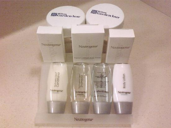 Hilton Garden Inn Columbus Airport: Set of Bath Items