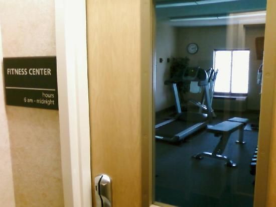 Hampton Inn New Philadelphia: Fitness Center