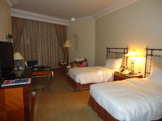 Grand Hyatt Muscat: Das Zimmer an sich ..