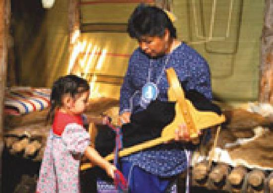 Ganondagan State Historic Site: Inside the longhouse
