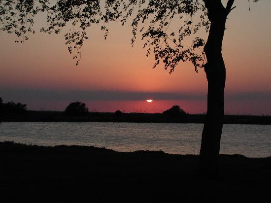South Bay, Флорида: Sunset at Campground