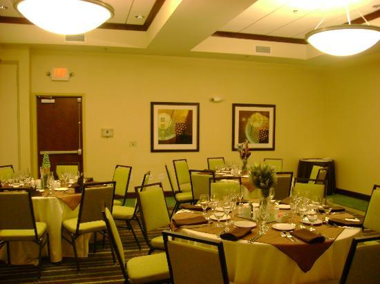 Holiday Inn St. Louis-Fairview Heights : meeting room