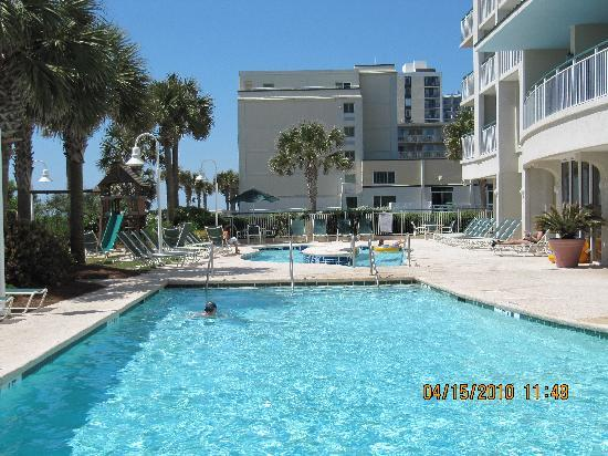 Hampton Inn & Suites Myrtle Beach/Oceanfront: outdoor pool