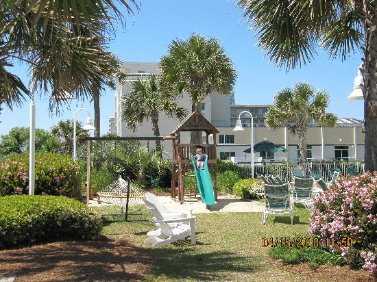 Hampton Inn & Suites Myrtle Beach/Oceanfront: play area
