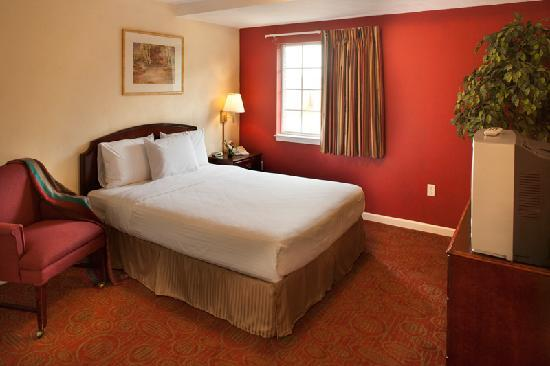 Luxbury Inn & Suites: Bed Room