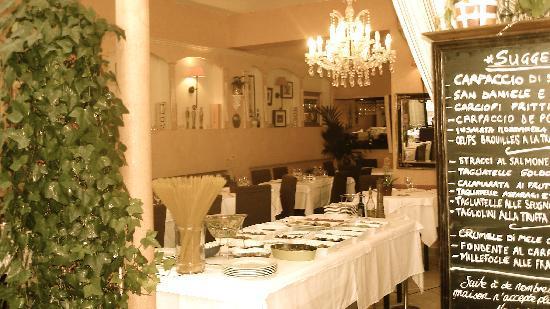 goldoni's: buffet