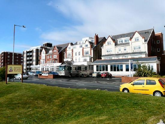 The Bond St. Annes Hotel: South Promenade, St Anne's on the Sea.