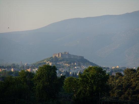 Atilla's Getaway : Selcuk castle as seen from the patio