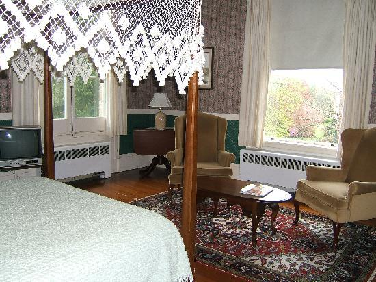 Wayside Guest House: Room 3