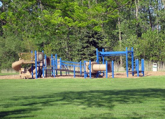 Oregon, OH: Outdoor playground! Very large!